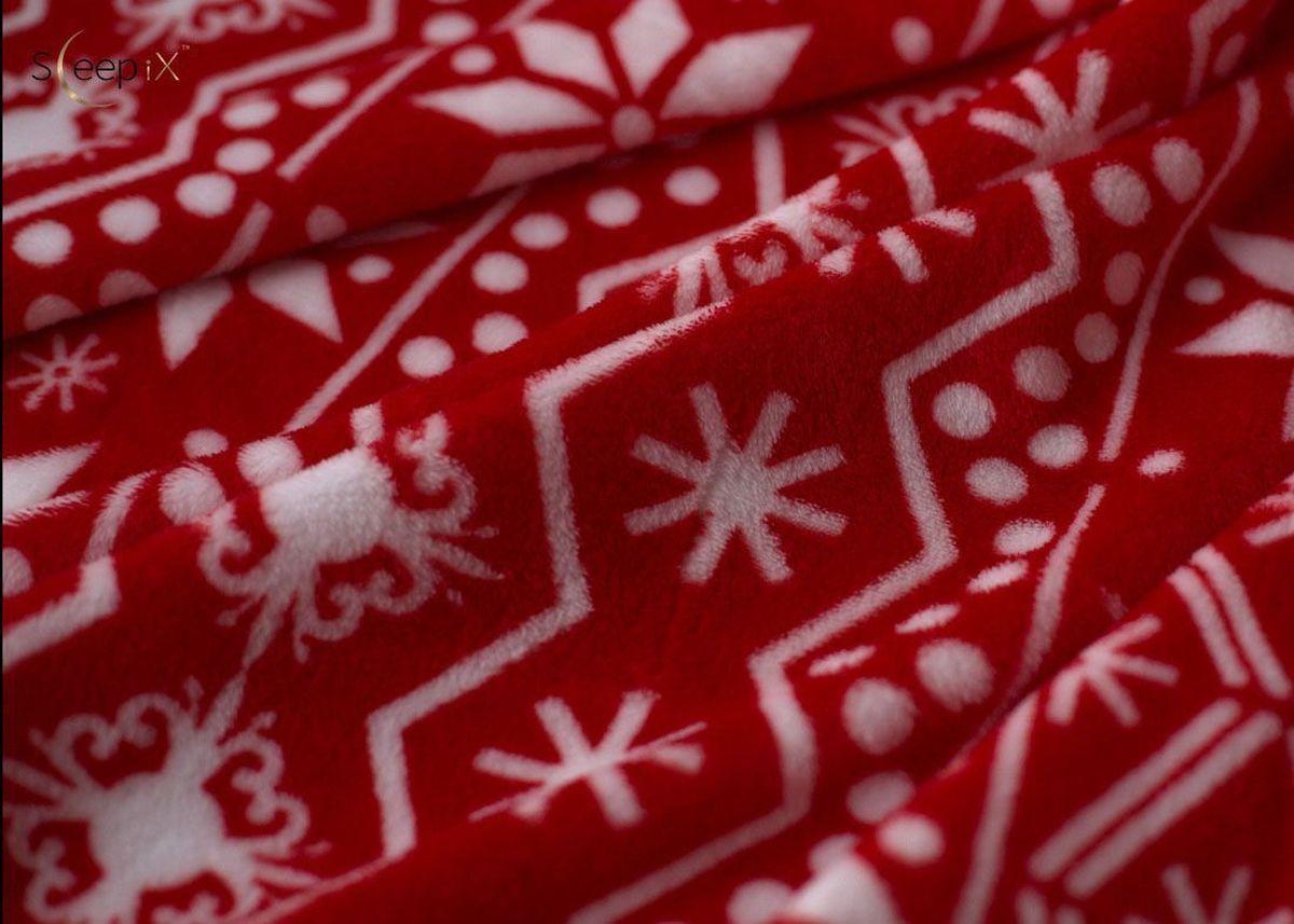 Плед Sleep iX Plushy Snowy, цвет: красный, 200х200 см. pva229654pva229654Общий размер: евро Размер пледа: 200х200 см Размер наволочек: Без наволочек Материал: Коралловый флис Длина ворса: Короткий Состав: 100% полиэстер Отделка: Без отделки Производитель: Sleep iX Cтрана производства: Китай Упаковка: Чемодан ПВХ