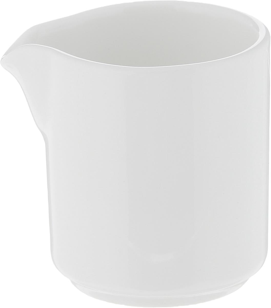 Молочник Ariane Прайм, 50 млAPRARN64005Молочник Ariane Прайм изготовлен из высококачественного фарфора с глазурованным покрытием. Изделие предназначено для сервировки сливок или молока. Такой молочник отлично подойдет как для праздничного чаепития, так и для повседневного использования. Изделие функциональное, практичное и легкое в уходе. Можно мыть в посудомоечной машине и использовать в СВЧ. Диаметр (по верхнему краю): 4,5 см. Высота: 5,5 см.