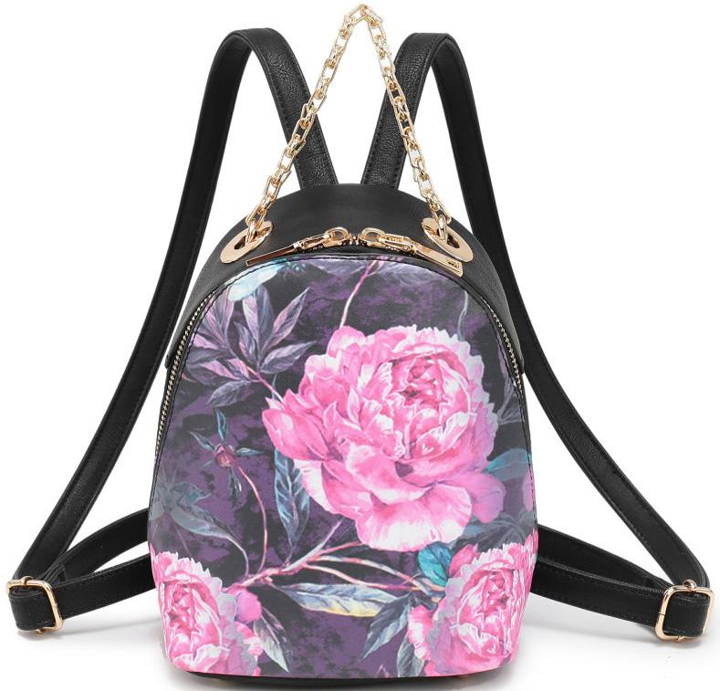 Рюкзак женский OrsOro, цвет: черный, розовый. D-040/1D-040/1Рюкзак OrsOro выполнен из высококачественной искусственной кожи и оформлен оригинальным принтом. Изделие оснащено ручкой для подвешивания и удобными лямками, длина которых регулируется с помощью пряжек. Рюкзак закрывается с помощью молнии. Внутри расположено главное отделение, которое содержит один вшитый карман на молнии и один открытый накладной карман для телефона.