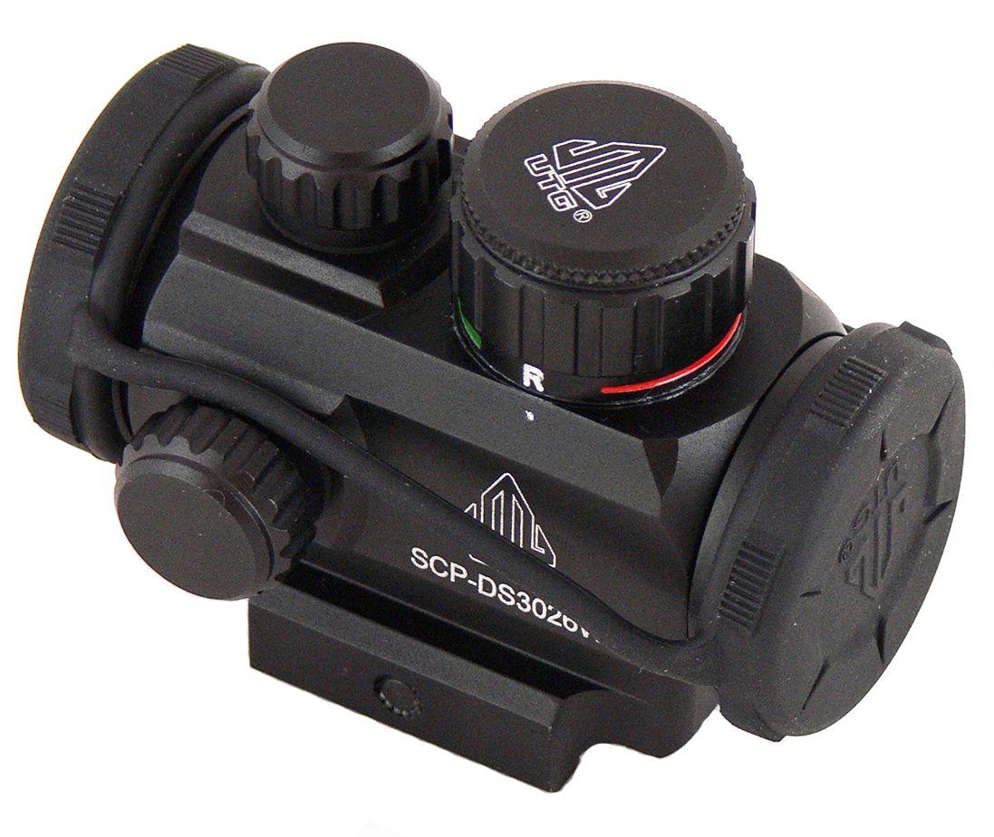 Прицел коллиматорный UTG Leapers 1x21, закрытыйSCP-DS3026WКоллиматор Leapers 1x21, закрытый. Арт. SCP-DS3026W Компания Leapers, Inc. расположенная в штате Мичиган, производит и продает прицелы для спорта и охоты начиная с 1992 года. Продукция разработана в США и изготовлена под строгим контролем на производствах в США или в Азиатском регионе. Дилерская сеть компании включает в себя более 70 стран, где бренд Leapers (UTG) доказал, что он один из лучших по соотношению цена/качество и заслуживает доверия потребителя. Эта модель представляет собой компактный, небольших размеров коллиматорный прицел для установки на боевые модели карабинов и пистолетов, а также на охотничьи ружья, оснащенные планкой Weaver/Picatinny. Тип: закрытый Увеличение (х): 1 Прицельная марка: точка Подсветка прицельной марки: 2 цвета (красный/зеленый) Диаметр объектива: 21 мм Диаметр трубки прицела: 30 мм Длина прицела: 71 мм Материал: высокопрочный авиационный алюминиевый сплав Тип батареи: CR1620 3V Крепление:...