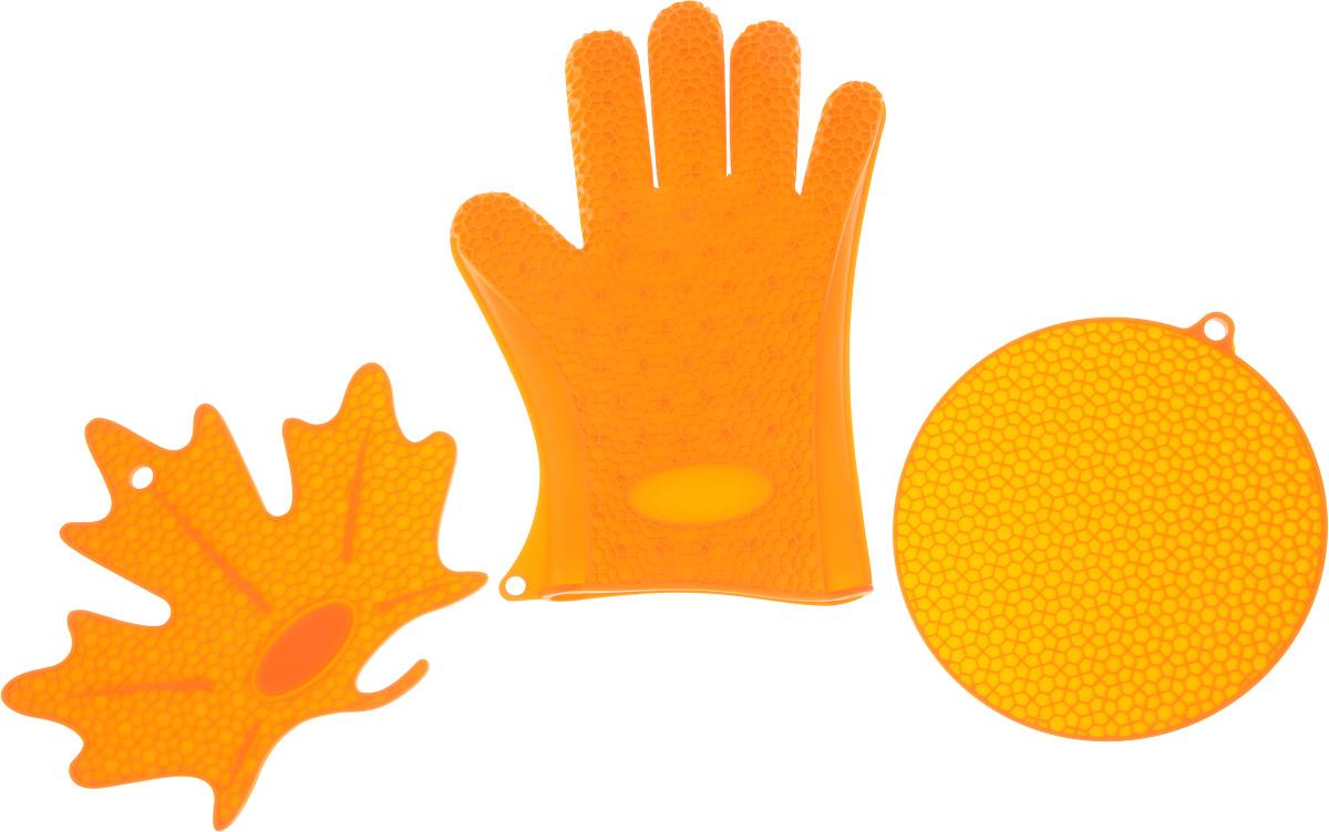 Набор кухонных аксессуаров Oursson Bon Appetit: 2 подставки под горячее, прихватка-рукавица, цвет: оранжевыйSA2803S/ORНабор кухонных аксессуаров Oursson Bon Appetit, изготовленный из силикона, состоит из двух подставок под горячее и прихватки-перчатки. Изделия очень приятны на ощупь, невероятно гибкие, выдерживают большой перепад температур от -20°C до +220°С. Аксессуары снабжены отверстиями для подвешивания. Прихватка-перчатка удобно и прочно сидит на руке. С помощью такой прихватки ваши руки будут защищены от ожогов, когда вы будете ставить в печь или доставать из нее выпечку. Подставки под горячее выполнены в виде круга и кленового листочка. Материал позволяет выдерживать высокие температуры и не скользит по поверхности стола. Каждая хозяйка знает, что подставка под горячее - это незаменимый и очень полезный аксессуар на каждой кухне. Ваш стол будет не только украшен яркой и оригинальной подставкой, но и сбережен от воздействия высоких температур. Размер круглой подставки: 18 х 18 см. Размер подставки в виде кленового листочка: 21 х 19 см. Размеры перчатки: 26,5 х...
