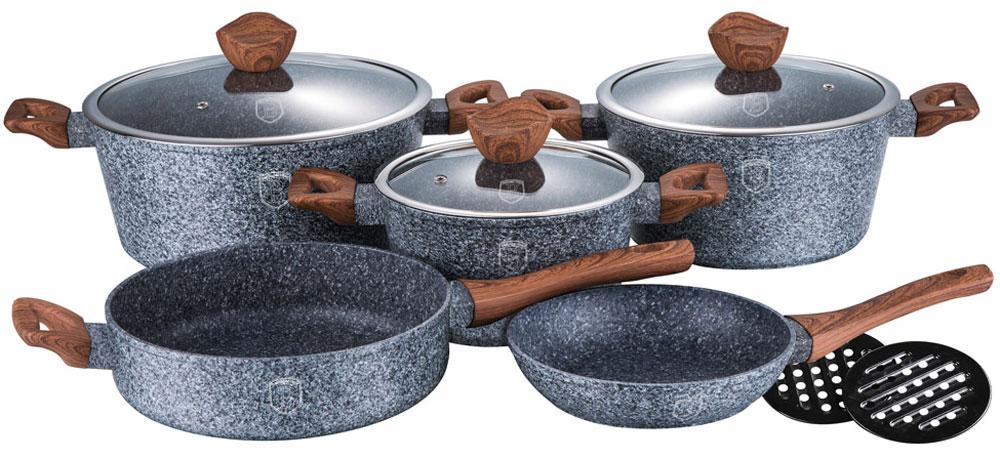 Набор посуды Berlinger Haus, 10 предметов1211-ВННабор посуды со стеклянными крышками 10 предметов из кованого алюминия, кастрюли 20 х 10 см, 2,5л, 24 х 12 см, 4 л, 28 х 12,5 см, 6,6 л, глубокая сковорода 24 х 6,8 см, сковорода 20 х 4,2 см, бакелитовые подставки 2 шт, кованый алюминий, 3 слоя мраморно-гранитного покрытия, толщина стенок 0,5 см, эргономичная ручка soft touch, индукционное дно, крышка с ручкой-подставкой под кухонные принадлежности, цвет: серый/коричневый. Подходит для всех видов плит: газовых, электрических, стеклокерамических, галогенных, индукционных.