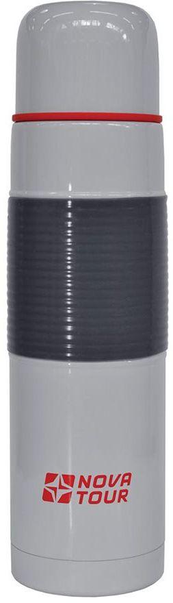 Термос Nova Tour Твист 800, цвет: серый, 0,8 л95916-912-00Термос, ёмкостью 0,8 л, выполненный из пищевой нержавеющей стали, с кнопочным клапаном STOPPER (Достаточно нажать на пробку чтобы налить содержимое из термоса), который дает возможность при наливании не открывать термос целиком для меньшего охлаждения содержимого. Противоскользящая резиновая накладка на корпусе термоса обеспечивает удобный и безопасный хват при наливании жидкости.
