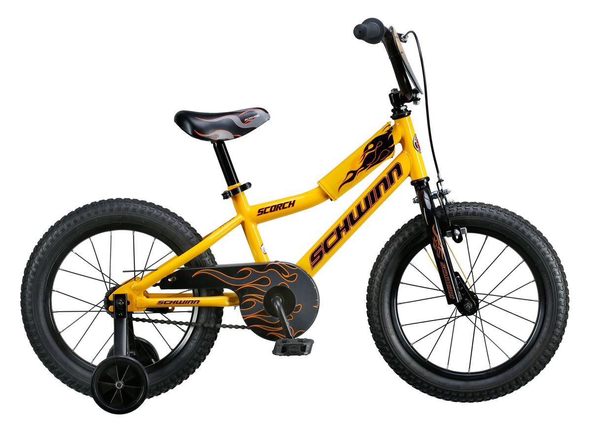 Велосипед детский Schwinn Scorch, колеса 16, 1 скорость, цвет: желтыйS1680EКрутой огненный байк Schwinn Scorch, выполнен в желто-черном цвете – вот о чем мечтает Ваш малыш! Седло и руль регулируются по высоте, и велосипед может расти вместе с ребёнком. Мягкая накладка на верхней трубе защитит от травм во время катания. Два вида тормоза, ручной и ножной, позволяют Вашему ребёнку постепенно переходить на взрослые стандарты. Полноразмерная защита цепи предохраняет одежду от загрязнения. В комплекте идут дополнительные колёса для обучения езде на начальном этапе катания. Schwinn SmartStart - новая концепция в разработке детских велосипедов, учиться кататься стало проще и веселее! • Рама Schwinn Smart Start • Надёжные ободные и ножные тормоза • Регулировка высоты седла без инструментов • Регулировка руля по высоте и наклону • Полноразмерная защита цепи • Дополнительные колёса • Мягкая накладка на верхней трубе • Колёса 16 • Велосипед для детей 4-6 лет • Для роста 100-115см
