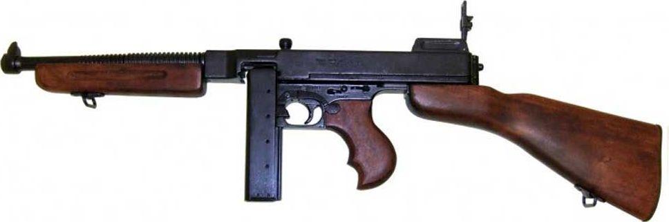 Винтовка М1А1. Оружейная реплика. Вторая мировая войнаD7/1093М1А1 — американский полуавтоматический карабин, созданный в 1942 году. Обладает слабой отдачей и большой скорострельностью.Автоматическая винтовка М1А1 отличается от стандартной модели винтовки М1 наличием складывающегося металлического приклада. Это сделано специально для вооружения этой автоматической винтовкой парашютистов. Было выпущено 150 000 шт.