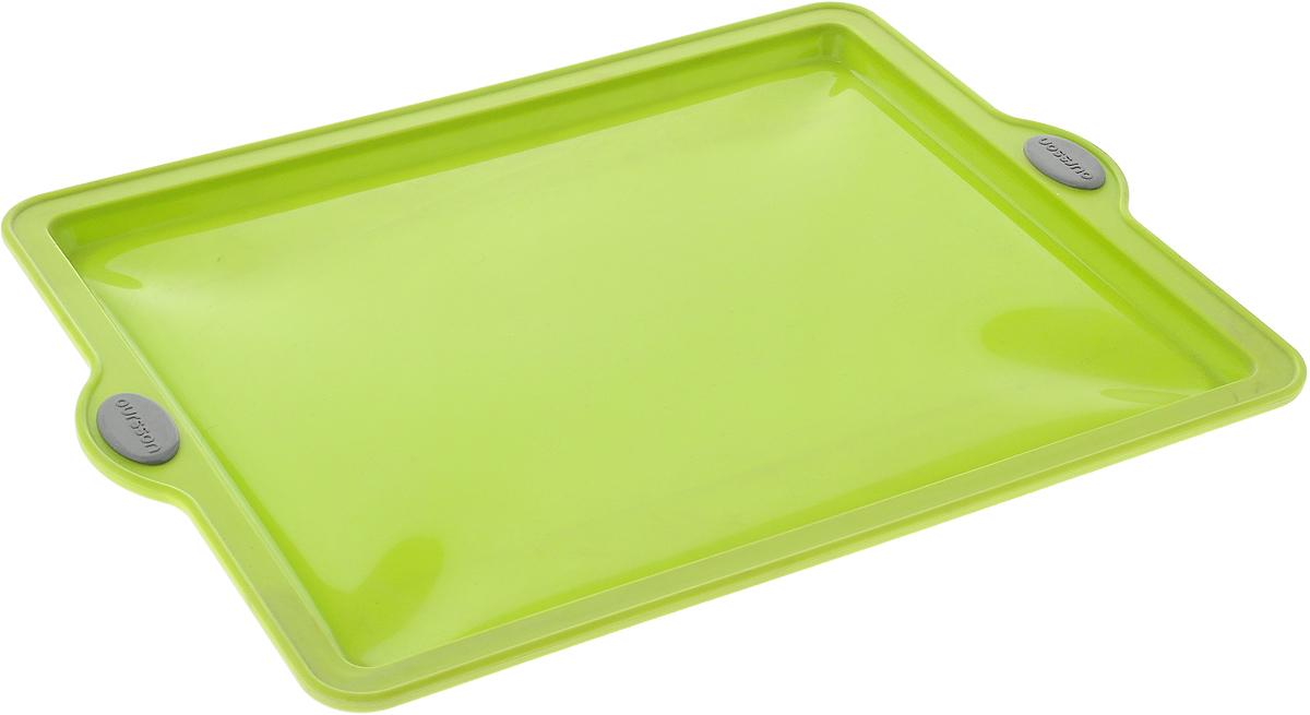 Форма для выпечки Oursson Противень, цвет: зеленый, 38 х 28,5 х 1,7 смBW3804S/GAФорма Oursson Противень выполнена из экологически чистого силикона с жестким металлическим каркасом и предназначена для приготовления выпечки. Материал позволяет быстро и легко извлекать приготовленное изделие. Форма оснащена удобными ручками. Выдерживает температуру от -20°С до +220°С. Можно использовать в микроволновой печи, духовке и морозильной камере. Можно мыть в посудомоечной машине.