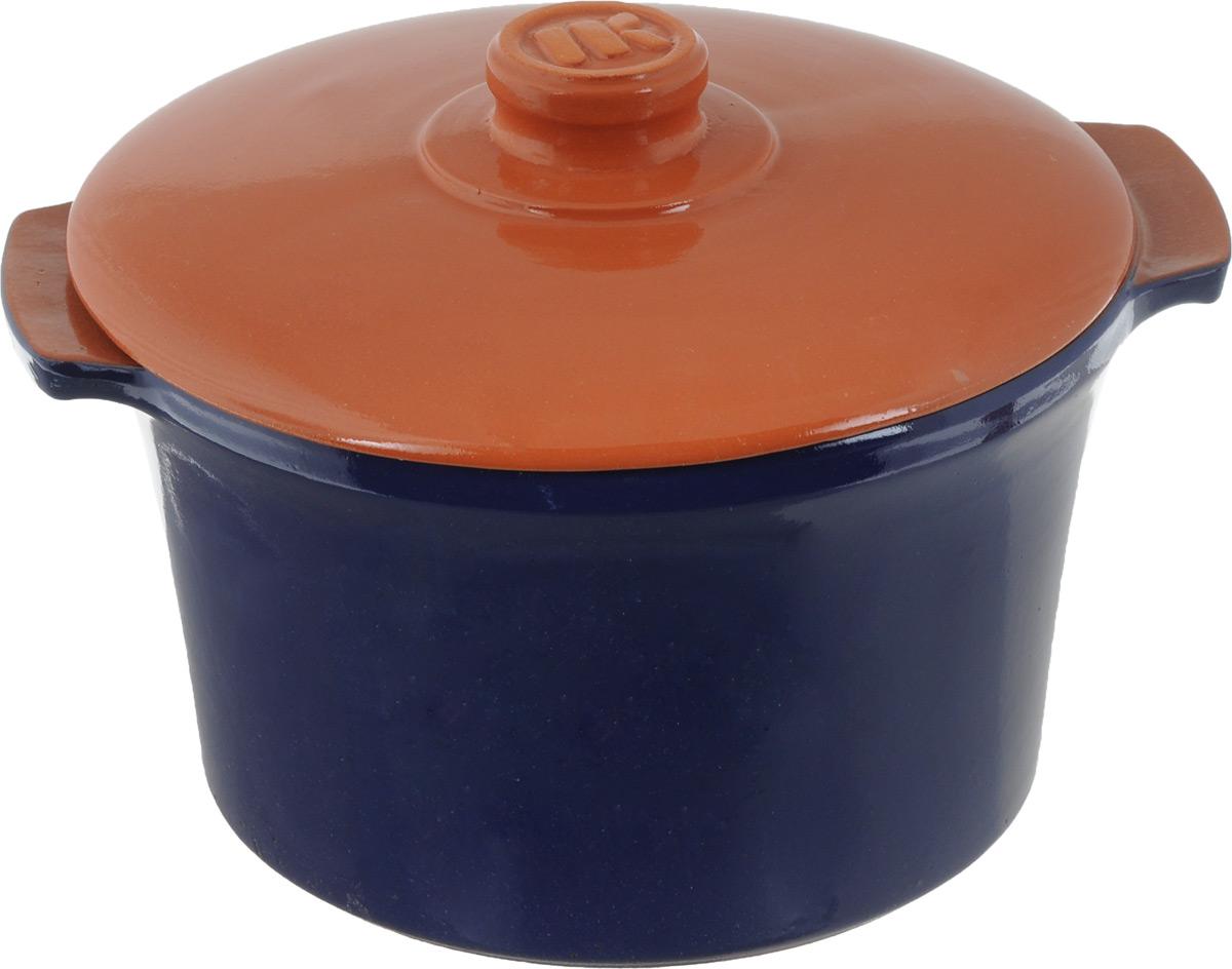 Кастрюля керамическая Ломоносовская керамика Огонек с крышкой, цвет: синий, коричневый, 4 л1КТс-4Кастрюля Ломоносовская керамика Огонек выполнена из высококачественной термостойкой керамики. Покрытие абсолютно безопасно для здоровья, не содержит вредных веществ. Кастрюля оснащена удобными боковыми ручками и керамической крышкой. Она плотно прилегает к краям посуды, сохраняя аромат блюд. Подходит кастрюля для использования на всех типах плит. Для использования на индукционных плитах требуется специальный диск. Благодаря термостойкости материала, кастрюлю можно использовать в духовке и СВЧ. Разрешено мыть в посудомоечной машине. Диаметр: 22,5 см. Высота стенки: 14,5 см. Толщина стенки: 8 мм. Диаметр дна: 18,5 см. Ширина кастрюли (с учетом ручек): 28 см. Диаметр крышки: 24 см.
