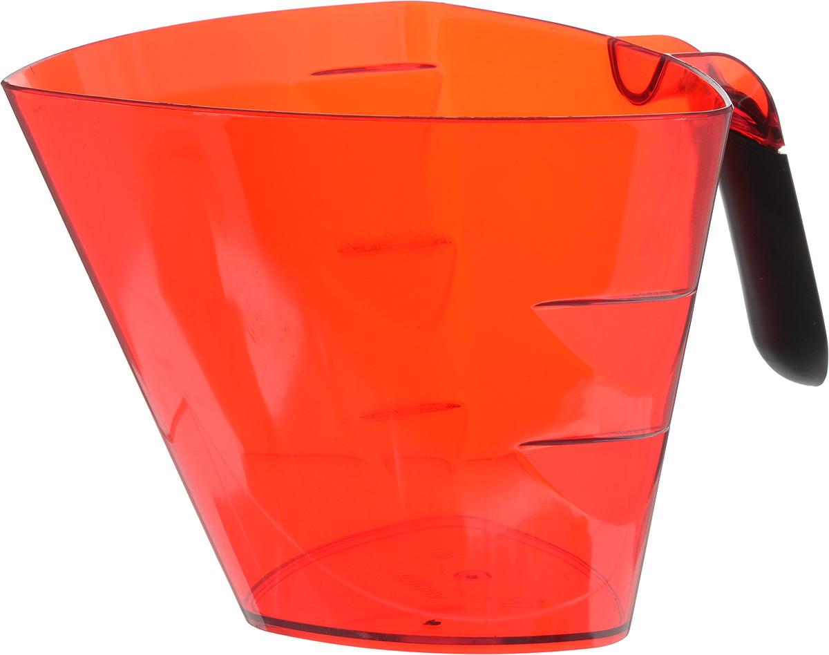 Стакан мерный Giaretti Cristallo, цвет: красный, 1,5 лGR3067МИКС_красныйМерный прозрачный стакан Giaretti Cristallo выполнен из высококачественного пластика. Стакан оснащен удобной ручкой с противоскользящей вставкой и носиком, которые делают изделие еще более простым в использовании. Мерная шкала внутри стакана, позволяет измерить жидкости до 1,5 л. Удобная форма стакана позволяет как отмерить необходимое количество продукта, так и взбить/замесить его непосредственно в прямо в этой же емкости. Такой стаканчик пригодится каждой хозяйке на кухне, ведь зачастую приготовление некоторых блюд требует известной точности. Объем: 1,5 л. Размер: 17,2 х 17,2 х 15 см. Длина ручки: 10,5 см. Толщина стенок: 3 мм.