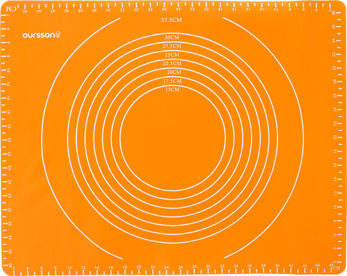 Коврик для выпечки Oursson, с разметкой, цвет: оранжевый, 50 х 40 смMC5000S/ORАнтипригарный коврик для выпечки Oursson изготовлен из высококачественного силикона, способного выдерживать температуру от -20 до +220°С. Коврик позволяет готовить блюда в духовом шкафу без использования жира и масла. Исключает пригорание, способствует хорошему пропеканию изделий. Выпечка не прилипает к противню. Коврик легко очищается и моется. На коврик нанесена разметка, благодаря чему его удобно размещать как в прямоугольных, так и в круглых формах для выпечки. Коврик можно использовать в микроволновой печи, в духовом шкафу. Также подходит для хранения в холодильнике. Изделие можно мыть в посудомоечной машине. Размер коврика: 50 х 40 см. Максимальный размер прямоугольной формы: 46 х 38 см. Максимальный диаметр круглой формы: 37,5 см.