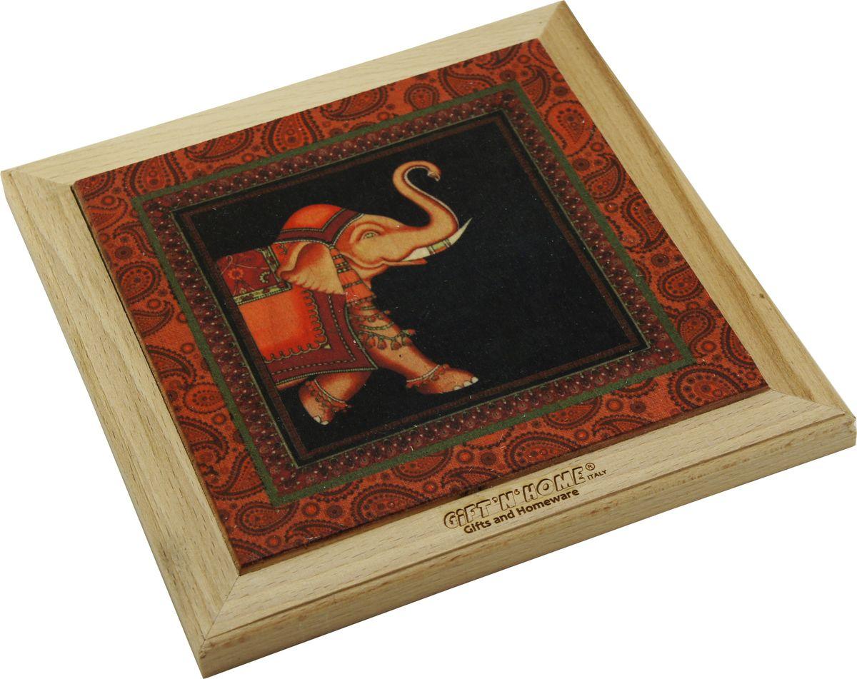 Подставка под горячее Giftnhome Марракеш, 39 х 20 смWTR-МарракешПодставка из ценных пород древесины, дуб/ бук , с декоративной вставкой из качественной фанеры, с нанесением цветных фотопринтов. Данный товар несет двойную потребительскую функцию, обеспечивая декоративное и хозяйственное назначение. Он может быть использован для украшения помещений в качестве настенного панно и как подставка под горячую посуду.