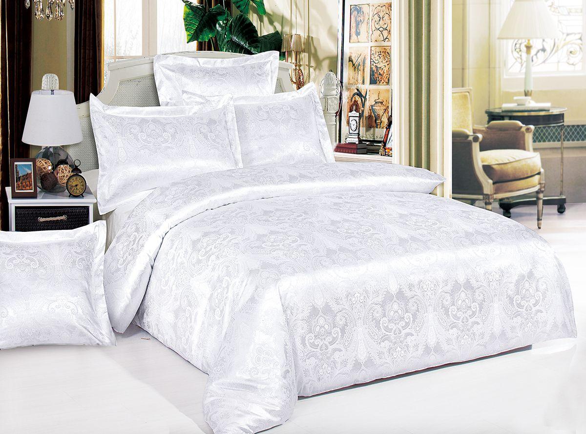 Комплект белья Versailles Ариадна, cемейный, наволочки 50x70, цвет: белый80554Коллекция Versailles относится к продукции класса люкс. Постельное белье из сатина, сотканного из хлопка с добавлением вискозных волокон дарит приятные тактильные ощущения на протяжении всего сна, а уникальные жаккардовые узоры придают танки мягкий блеск и обеспечивают материалу особую прочность. Постельное белье «Versailles» - отличный подарок на любое торжество и идеальный выбор для взыскательных покупателей . Состав: Хлопок 70%, вискоза 30%