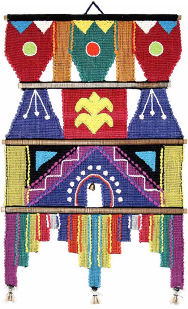 Коврик декоративный India Cotton, 35 х 53 см. 253A253AКоврик декоративный ручной работы. Произведен в деревнях Индии, с вековыми традициями в изготовлении хлопковых изделий. Служит идеальным украшением Вашего интерьера, отличный подарок по любому случаю. Этнический оберег, колокольчиками отгоняющий зло и привлекающий блага. Изделия ручной работы могут немного отличаться от товара, представленного на фото, например, цветовыми нюансами, отделкой. Внимание: коврик не подлежит стирке!