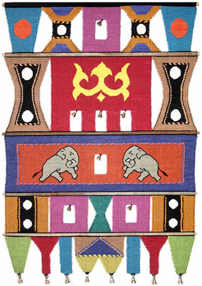 Коврик декоративный India Cotton, 47 х 74 см. 409B409BКоврик декоративный ручной работы. Произведен в деревнях Индии, с вековыми традициями в изготовлении хлопковых изделий. Служит идеальным украшением Вашего интерьера, отличный подарок по любому случаю. Этнический оберег, колокольчиками отгоняющий зло и привлекающий блага. Изделия ручной работы могут немного отличаться от товара, представленного на фото, например, цветовыми нюансами, отделкой. Внимание: коврик не подлежит стирке!