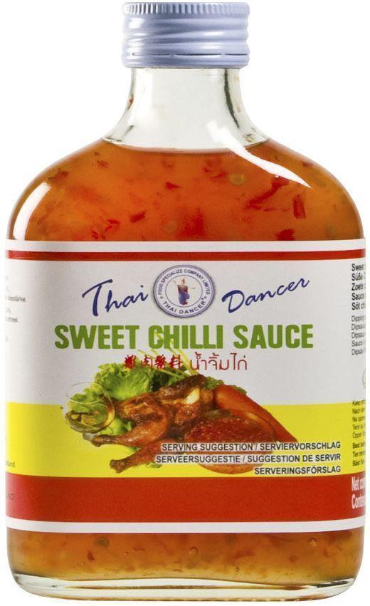 Thai Dancer Тайский кисло-сладкий соус чили, 200 млFS0002014Тайский кисло-сладкий соус чили используется для блюд китайской, корейской, тайской, вьетнамской, индонезийской кухни и является одним из базовых атрибутов дальневосточной кухни. Идеально подходит для обмакивания жареной курицы и мясных блюд. Может добавляться к блюдам, приготавливаемым на воке, для заправки салатов и в качестве маринада.