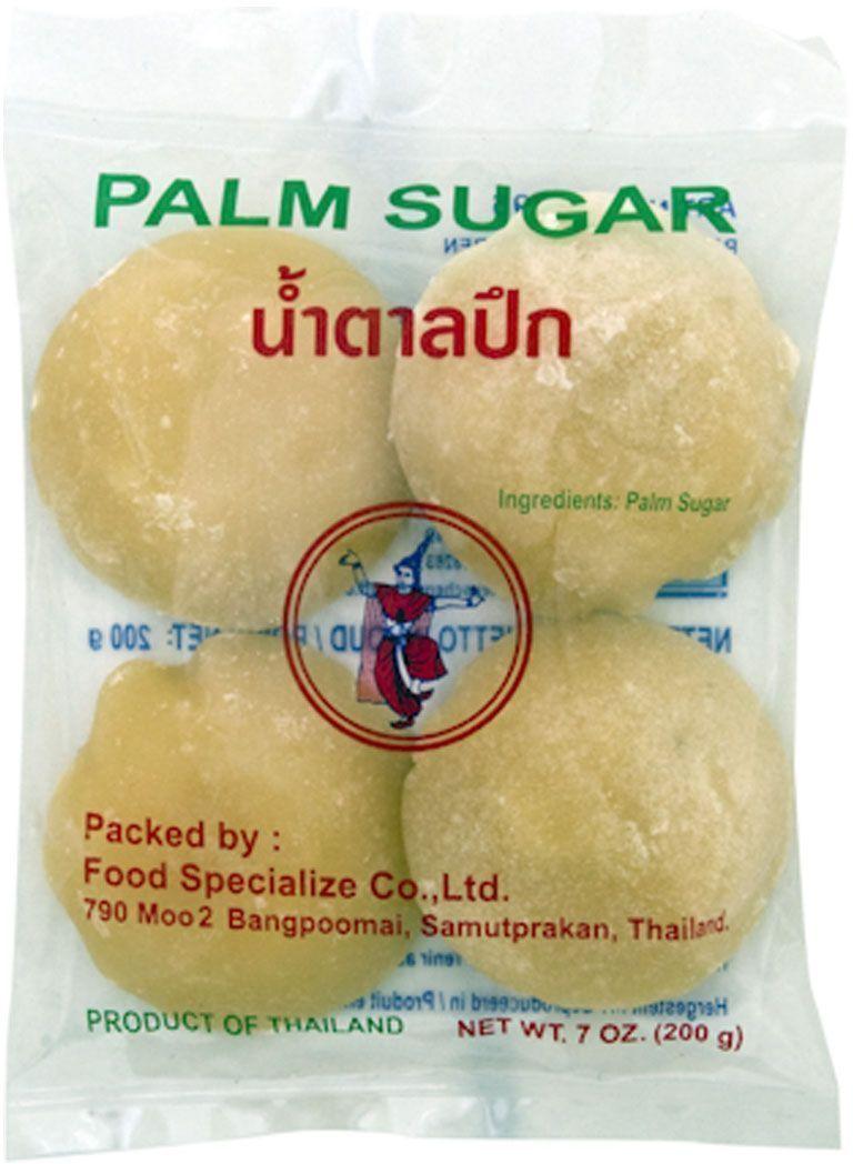Пальмовый сахар производится из сока некоторых видов пальм и применяется в юго-восточноазиатской, индийской и дальневосточной кухне в качестве подсластителя при приготовлении супов, вторых блюд и десертов. Может употребляться в чистом виде, обладает приятным вкусом, ароматом и послевкусием. При производстве тайского пальмового сахара сырье не подвергается длительной термической обработке, благодаря чему сахар сохраняет больше влаги (что обеспечивает мягкую консистенцию) и светлый оттенок. Хранить пальмовый сахар нужно только в сухом, прохладном, защищенном от прямых солнечных лучей месте. После вскрытия поместить в герметичный контейнер, в противном случае сахар затвердеет и будет требовать более длительной обработки при приготовлении. Также можно хранить пальмовый сахар в герметичном контейнере в холодильнике.