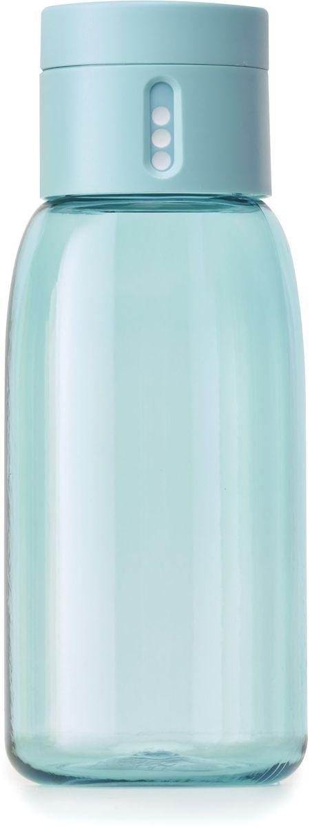 Бутылка для воды Joseph Joseph Dot, цвет: бирюзовый, 400 мл81048Уникальная бутылка Dot в новом компактном размере. Инновационное решение для контроля ежедневного потребление воды без использования электронных гаджетов. Крышка со счетчиком фиксирует каждое наполнение бутылки в течение дня. Просто закрутите крышку до появления точки, а для питья используйте верхнюю крышку. Новая точка появится каждый раз, когда бутылка заново заполнена и крышка закручена. Из гладкого литого носика бутылки удобно пить даже на ходу или в машине. Широкое горлышко идеально для насыпания льда или фруктов и мытья. Герметичная крышка надежно защищает содержимое от протекания. Бутылка изготовлена из экологичного и удапрочного материала Tritan. Объем - 400 мл.