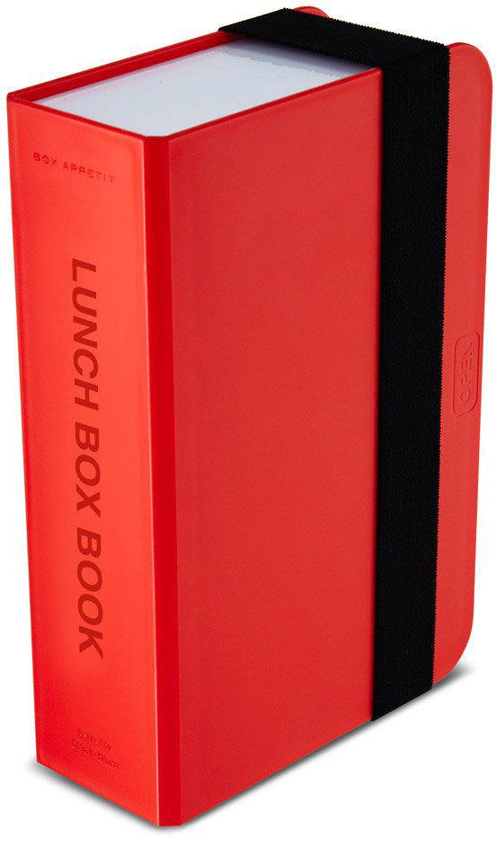Ланч-бокс Black+Blum Box Book, цвет: красный, 6,8 х 22,5 х 15BK-LB004Оригинальный ланч-бокс в виде книги. Вместительный контейнер позволяет брать с собой не только еду, но и небольшую бутылку любимого напитка. Во внутренней части предусмотрен съемный пластиковый разделитель, который необходим для разграничения порций или видов пищи. Скругленная форма углов придает дизайну дополнительную изюминку - такой необычный ланч-бокс станет хорошим подарком для всех ценителей здорового образа жизни. Изделие дополнено эластичным держателем, плотно фиксирующим крышку и лоток. Модель изготовлена из полипропилена, в составе отсутствуют вредные BPА. Крышка бокса откидывается, ее можно использовать в качестве тарелки или подставки для еды.