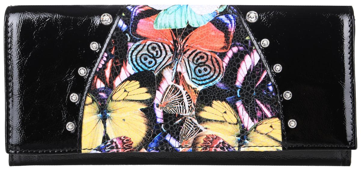 Портмоне женское Elisir Butterfly, цвет: черный. EL-NK271-PR0032-000EL-NK271-PR0032-000Портмоне женское Elisir, коллекция Butterfly декорировано кристаллами Swarovski, выполнено из натуральной лаковой кожи. Передний клапан закрывается на кнопку. На задней стенке скрытый карман. Внутри 3 отделения для купюр, 2 скрытых кармана, глубокий карман, отделение для мелочи на молнии, 8 карманов для кредиток.