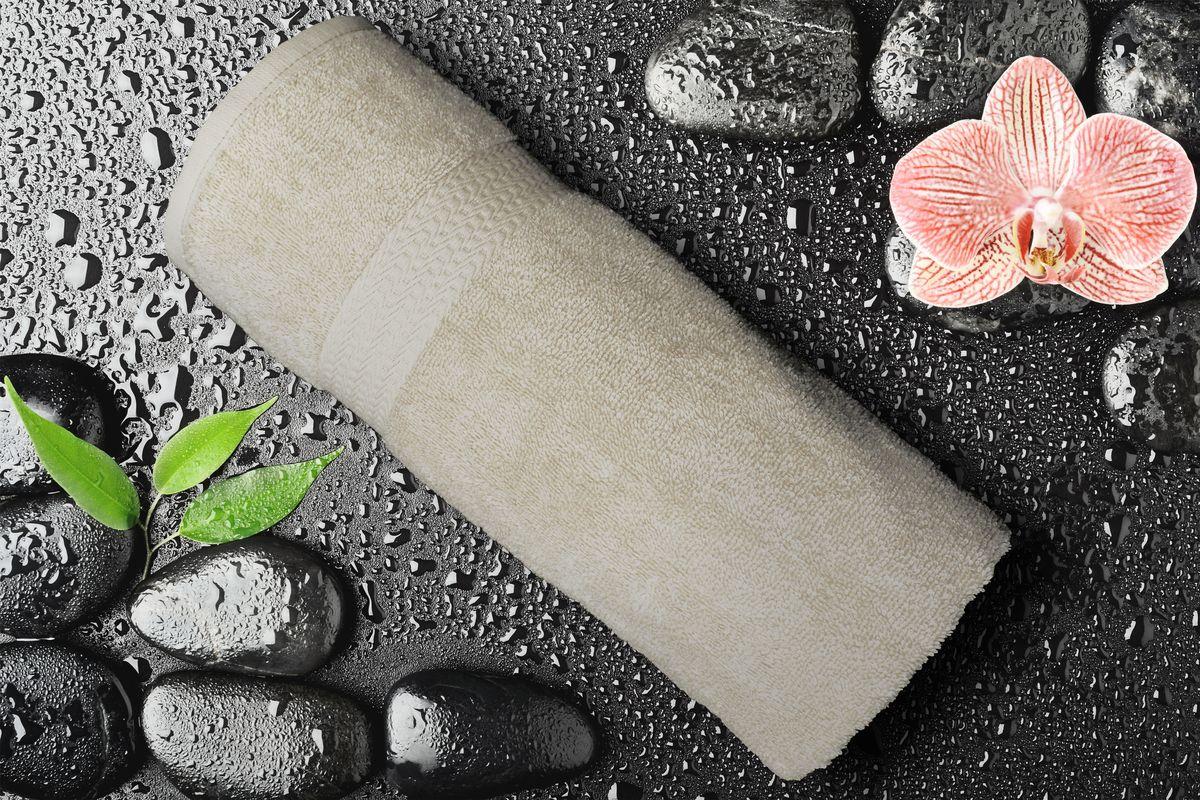 Полотенце Amore Mio GX Classic, цвет: бежевый, 70 х 140 см84537Полотенца Amore Mio Classic - полотенца отличного качества из 100% хлопка. Яркие цвета выполнены качественным красителем BASF из Германии сохраняют насыщенность долгое время. Мягкость и пушистость этих полотенец Вас приятно удивит. Продукция имеет европейский сертификат качества.