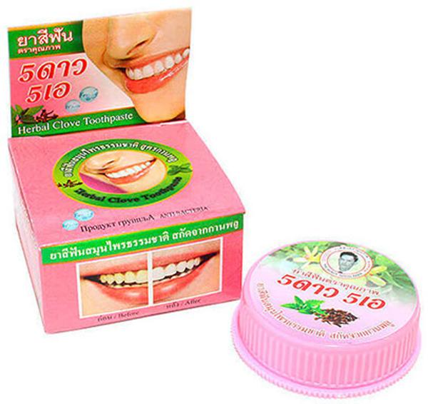 5 Star Cosmetic травяная отбеливающая зубная паста с экстрактом листьев Гуавы и Гвоздикой5438237Растительные экстракты листьев Гуавы, лавровое и гвоздичное масла, масло семян календулы оказывают укрепляющее действие на зубную эмаль и антисептическое действие на всю полость рта. Зубная паста освежает дыхание и устраняет зубной налет, отбеливает, предотвращает появление кариеса. Подходит для чувствительных зубов. Очень экономична. Не содержит консервантов, фтор и его производных.