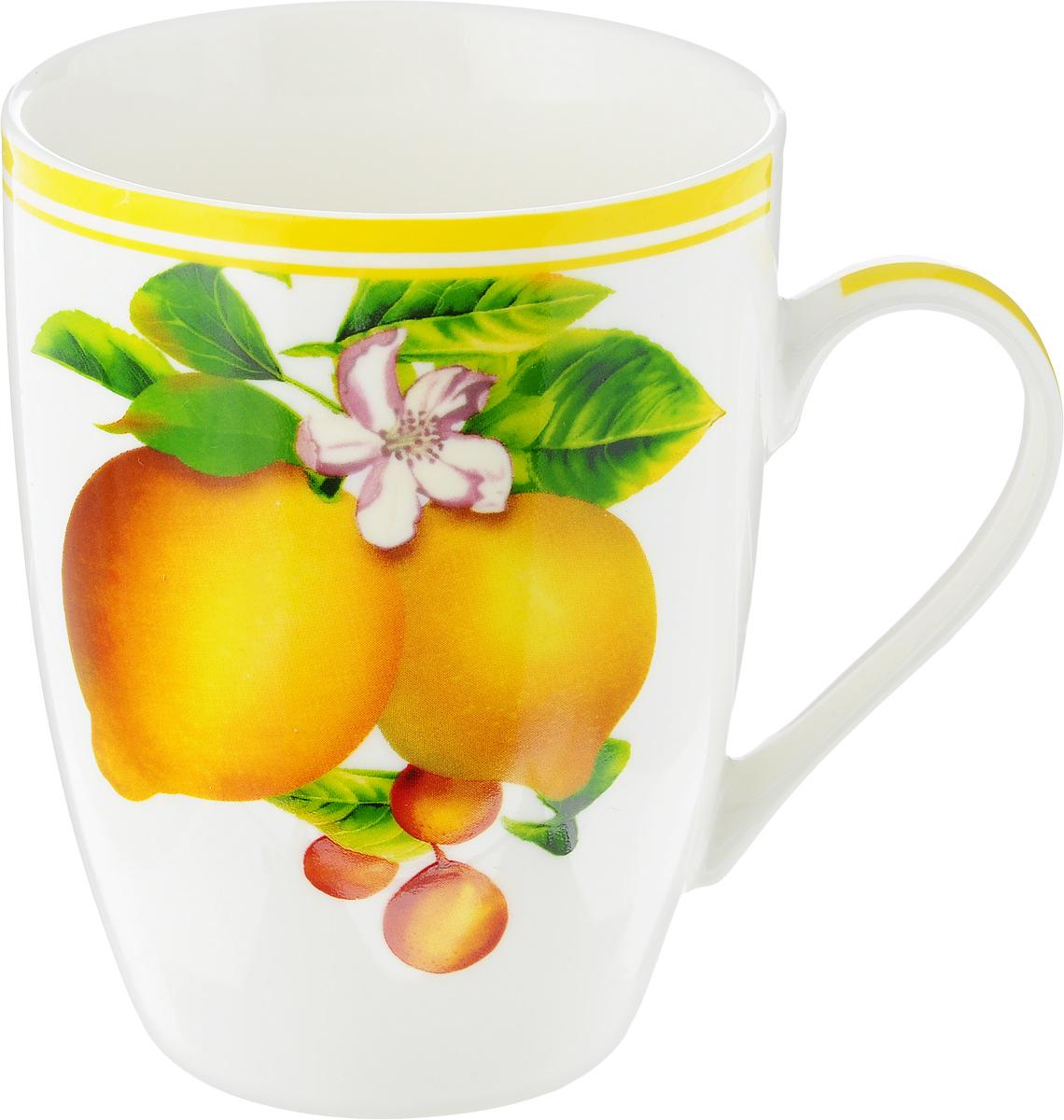 Кружка Liling Quanhu Урожай. Лимоны, 335 млLQB09-Y224_белый_лимоныКружка Liling Quanhu Урожай. Лимоны выполнена из высококачественного фарфора с глазурованным покрытием и оформлена изображением лимонов. Такая кружка станет отличным дополнением к сервировке семейного стола и замечательным подарком для ваших родных и друзей. Можно использовать в микроволновой печи и мыть в посудомоечной машине.