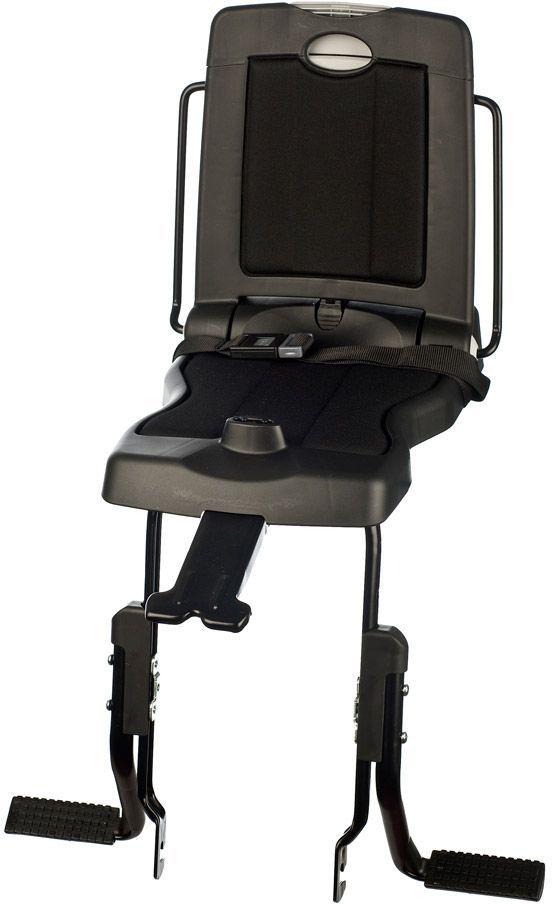 Велокресло заднее Bobike Junior Classic, крепление на багажник велосипеда, цвет: черный8010500001BOBIKE Junior Classic – совершенно новое велокресло с элегантным и современным голландским дизайном для детей от 5 до 10 лет или весом до 35 килограмм. Уникальная двухслойная конструкция кресла обеспечивает непревзойдённый уровень безопасности ребёнка. Кресло обеспечивает поддержку ребёнку, когда он сидит на багажнике. Это велокресло оборудовано ремнём безопасности и защитой ног от попадания в спицы. Все кресла BOBIKE оснащены мягкой водоотталкивающей подкладкой для защиты от дождя и росы. Спинка кресла складывается и в сложенном состоянии является удобным багажником. Велокресло BOBIKE Junior Classic устанавливается на подседельную трубу рамы диаметром от 28 до 50 мм. • Крепление на багажник велосипеда • Комфортная подкладка из водоотталкивающего материала • Удобный страхующий ремень • Регулируемые подножки • Шестигранник для установки кресла в комплекте • Голландский дизайн • Сделано в Европе • Для детей от 5 до 10 лет или весом до 35 кг
