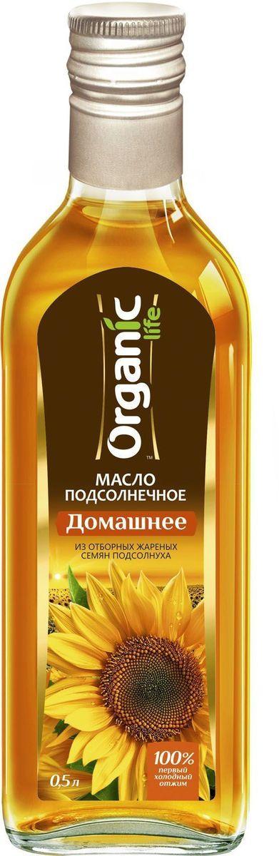 """Подсолнечное масло """"Домашнее"""" марки """"Organic Life"""" получено из отборных обжаренных семян подсолнечника по технологии холодного прессования. Именно такой метод изготовления позволяет сохранить все полезные свойства и изысканные вкусовые качества масла. Витамин Е в составе подсолнечного масла замедляет старение клеток и делает его омолаживающим продуктом, за счет мощных антиоксидантных свойств. Линолевая кислота способствует укреплению иммунной защиты организма. А витамины А и D нужны для поддержания в норме зрения, хорошего состояния костей и кожи. Масло обладает насыщенным пикантным вкусом, отлично подчеркнет вкус домашних солений и салатов."""