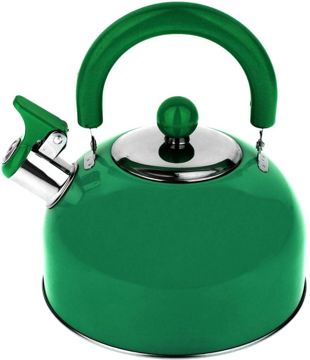 Чайник Доляна Радуга, со свистком, цвет: зеленый, 2,1 л863664Бытовая посуда из нержавеющей стали славится неприхотливостью в уходе и безукоризненной функциональностью. Коррозиестойкий сплав обеспечивает гигиеничность изделий. Чайники из этого материала абсолютно безопасны для здоровья человека. Чем привлекательна посуда из нержавейки? Чайник из нержавеющей стали станет удачной находкой для дома или ресторана: благодаря низкой теплопроводности модели вода дольше остается горячей; необычный дизайн радует глаз и поднимает настроение; качественное дно гарантирует быстрый нагрев. Как продлить срок службы? Ухаживать за новым приобретением элементарно просто, но стоит помнить о нескольких нехитрых правилах. Во-первых, не следует применять абразивные инструменты и сильнохлорированные моющие средства. Во-вторых, не оставляйте пустую посуду на плите. В-третьих, если вы уезжаете из дома на длительное время - выливайте воду из чайника. Если на внутренней поверхности изделия появились пятна, используйте для их удаления несколько капель уксусной или лимонной...