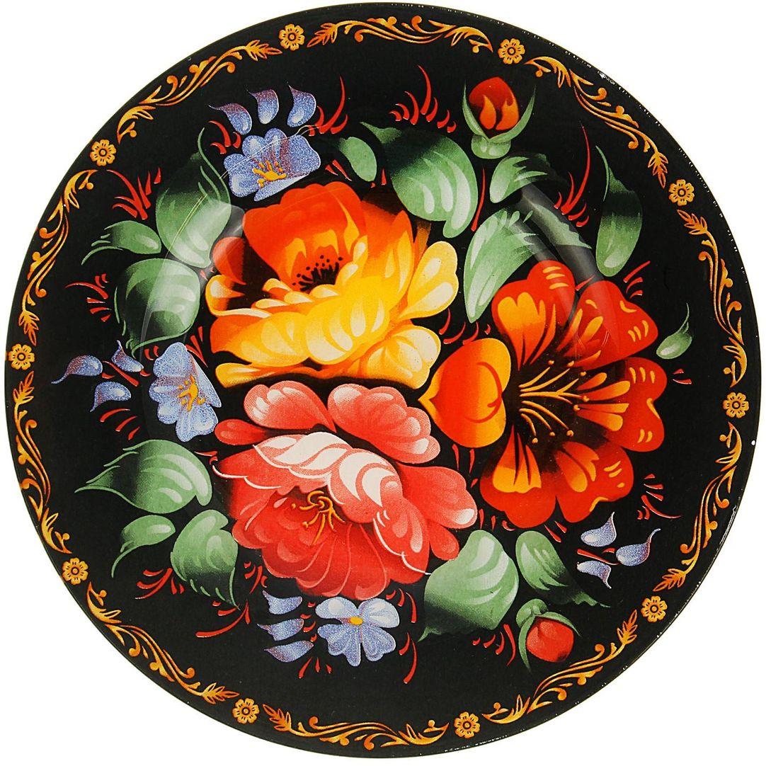 Тарелка десертная Доляна Жостово, диаметр 20 см1571467Столовая посуда с природными мотивами в оформлении разнообразит интерьер кухни и сделает застолье самобытным и запоминающимся. Достоинства: качественное стекло не впитывает запахов; гладкая поверхность обеспечивает лёгкость мытья; яркий дизайн порадует ценителей стиля фолк. Рекомендуется избегать использования абразивных моющих средств. Делайте любимый дом уютнее!