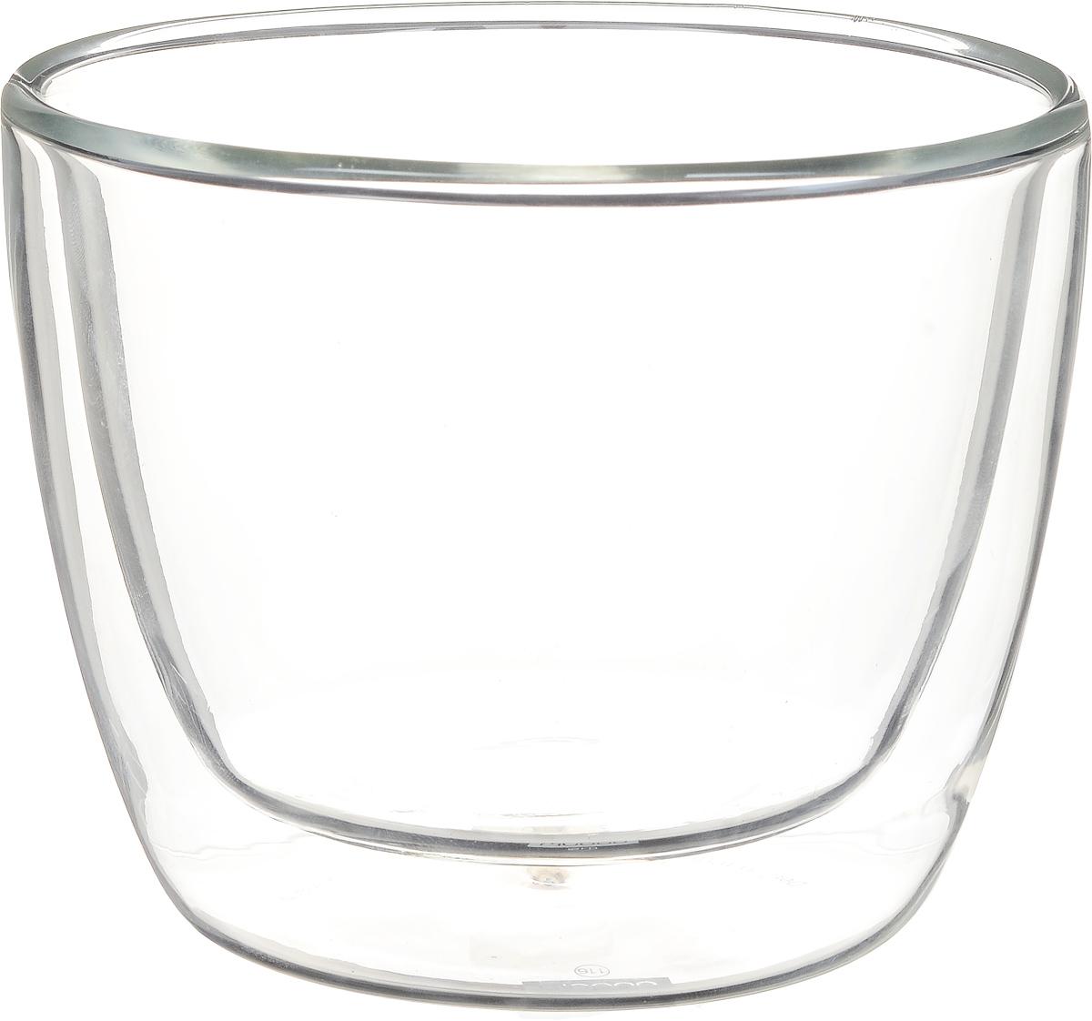Набор термостаканов Bodum Bistro, 450 мл, 2 шт10607-10Набор Bodum Bistro состоит из двух термостаканов. Изделия изготовлены из жаростойкого и прочного боросиликатного стекла. Наличие двойных стенок позволяет термостаканам дольше сохранять первоначальную температуру напитка. Прослойка воздуха не даст обжечься, если в стакан налит горячий напиток. Идеально подходят для подачи горячего молока, чая или кофе. Можно использовать в СВЧ-печи, духовке, холодильнике и мыть в посудомоечной машине. Диаметр термостакана (по верхнему краю): 10 см. Объем стакана: 450 мл.