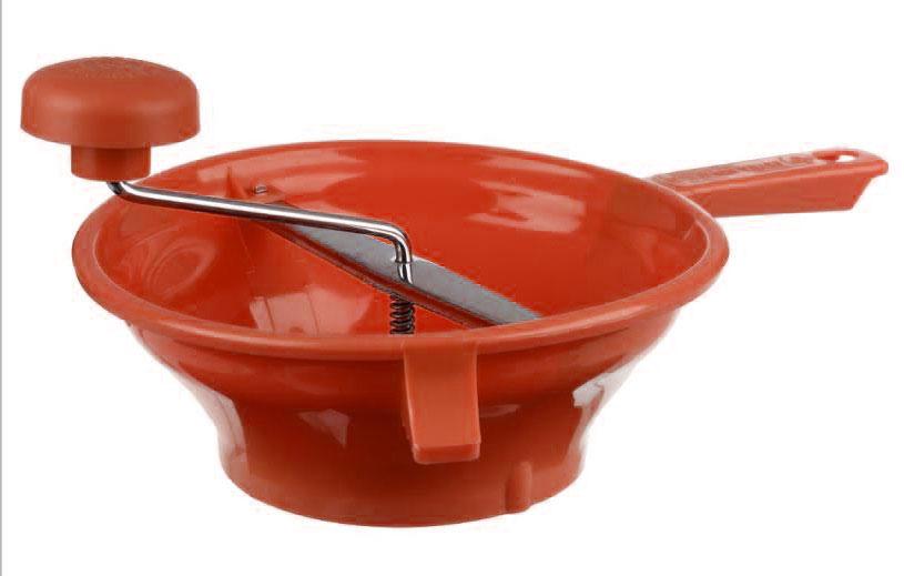 Измельчитель для овощей JJA, цвет: красный, 37 х 24 х 9 см104580AПростой и удобный, сочетает в себе функции дуршлага и мясорубки. Снабжен удобной ручкой и упорами. С его помощью Вы сможете слить жидкость, в которой варились овощи, В комплекте идут две насадки, с разными по размеру дырочками через которые перетираются овощи, простым вращением ручки, что позволит как измельчить их для салата и других блюд, так и превратить в идеальное пюре. Это эффективное устройство значительно облегчит Ваш труд, разнообразит Ваше меню, станет прекрасным дополнением к предметам Вашей кухонной утвари.