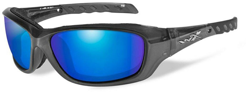 Очки солнцезащитные WileyX Gravity Polarized, для охоты, рыбалки и активного отдыха, цвет: Blue Mirror, Smoke GreenCCGRA04Черная кристалическая оправа в сочетании с поляризованными зеркальными зелено-голубыми линзами делают данные солнцезащитные очки идеальным решением для занятий спортом и активного отдыха. Поляризованные зеркальные голубые линзы поглощают отражения и снижают блики. Очки обеспечат рыболовам улучшенную визуальную ясность и уникальную способность более ясно видеть видеть рыбу и рельеф дна под водой. ПОЛЯРИЗАЦИОННЫЙ ФИЛЬТР 8ТМ Запатентованная WileyX технология поляризации линз обеспечивает 100% поляризацию и 100% защиту от ультрафиолетовых лучей для непревзойденной четкости и контрастности изображения. ЗАЩИТА ОТ УДАРОВ НА ВЫСОКОЙ СКОРОСТИ Оправа и линзы должны выдерживать удар тяжелого снаряда весом 500 гр, падающего с высоты 127 см ПРОЧНОЕ ПОКРЫТИЕ Устойчивое к царапинам покрытие защищает линзы от механических повреждений и продлевает срок их службы. АНТИБЛИКОВОЕ ПОКРЫТИЕ Антибликовое покрытие устраняет нежелательные отражения с поверхностей линз. ВОДООТТАЛКИВАЮЩЕЕ ПОКРЫТИЕ...