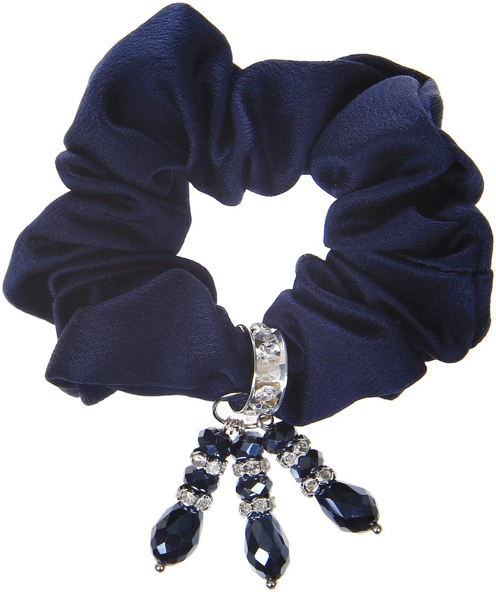 Babys Joy Резинка для волос цвет темно-синий AL 969AL 969_темно-синийРезинка для волос Babys Joy украшена декоративным элементом со стразами. Резинка позволит не только убрать непослушные волосы с лица, но и придать образу романтичности и очарования. Эта резинка для волос подчеркнет уникальность вашей маленькой модницы и станет прекрасным дополнением к ее неповторимому стилю. Рекомендуется для детей старше трех лет.