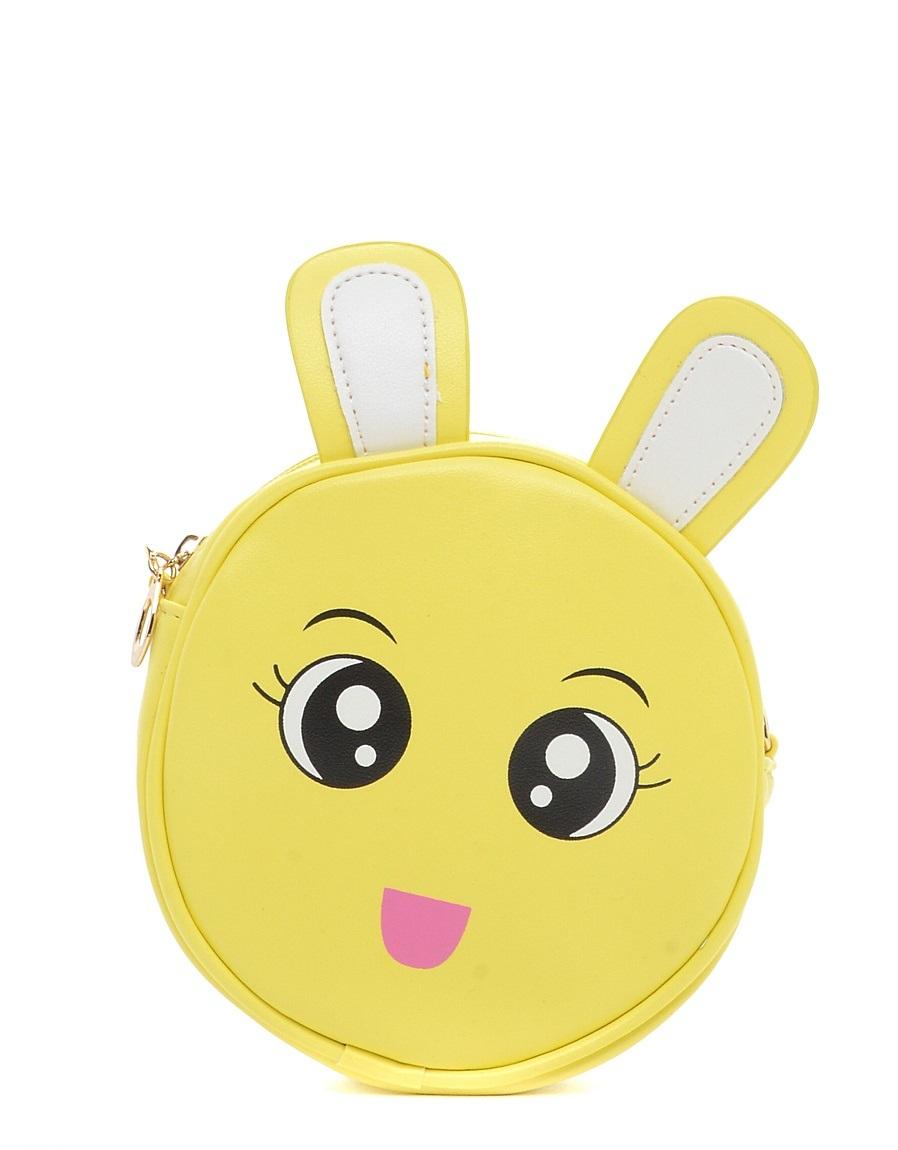Сумка детская Vitacci, цвет: желтый. 24159-1424159-14Детская стильная сумочка Vitacci выполнена из искусственной кожи. Сумка имеет одно вместительное отделение и застегивается на застежку-молнию. Внутри модель дополнена втачным кармашком на молнии. Спереди сумка оформлена декорацией с изображением зайчика. Сумка оснащена съемным наплечным ремнем, который регулируется по длине.