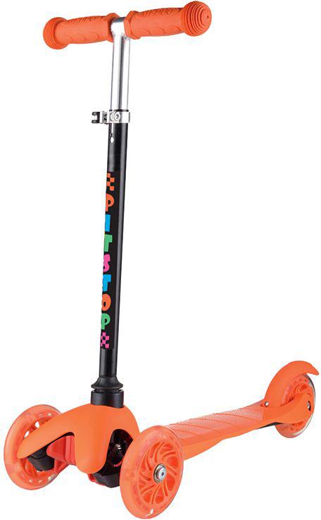Самокат трехколесный Pit Stop, со светящимися колесами, цвет: оранжевый. PS-HDL517-OPS-HDL517-OСамокат Pit Stop трехколесный, со светящимися колесами. Регулируется по высоте. Диаметр переднего колеса (2шт.): 120мм. Диаметр заднего колеса: 80мм. Материал колес: полиуретан. Размер платформы: 39х11см. Минимальная высота: 57см. Максимальная высота: 68см. Максимальный вес нагрузки: до 50кг. Подшипники: ABEC-7. Материал ручек: резина. Вес: 1,8кг. Цвет: оранжевый. Возраст: 3+