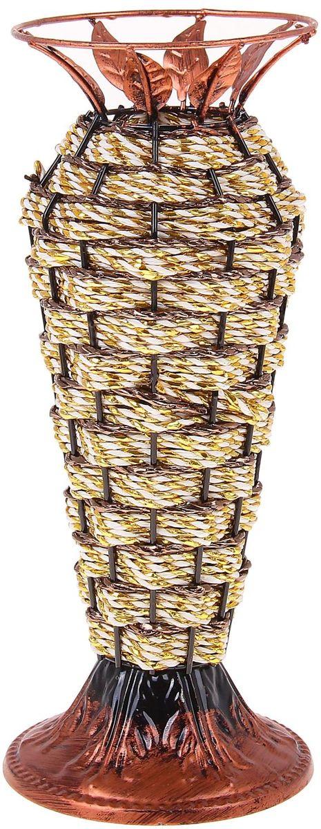 Ваза плетеная Sima-land Амфора, высота 29,5 см656143Ваза Sima-land «Амфора» выполнена из металла и дополнена оригинальным плетением. Изделие имеет необычную форму и украшено металлическими листьями. Ваза предназначена для сухих или искусственных цветов и растений. Красивый блеск и необычное оформление сделают эту вазу замечательным украшением интерьера. Любое помещение выглядит незавершенным без правильно расположенных предметов интерьера. Они помогают создать уют, расставить акценты, подчеркнуть достоинства или скрыть недостатки. Диаметр по верхнему краю: 12 см.