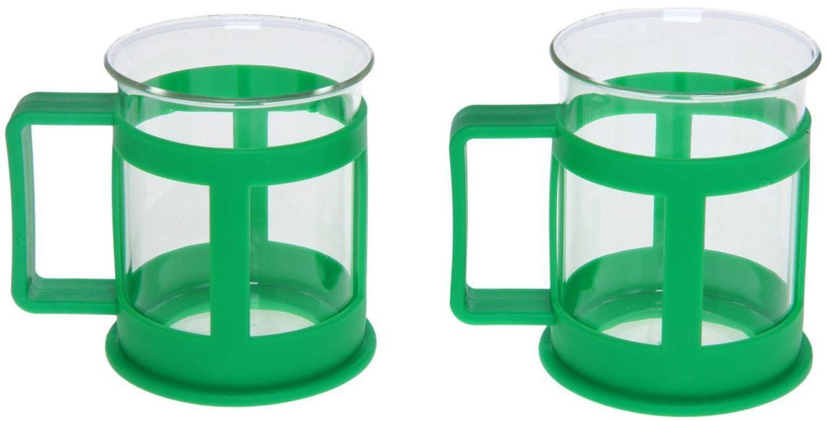 Набор кружек Доляна Классика, цвет: зеленый, 200 мл, 2 шт1075429Практичный набор кружек пригодится каждому человеку. Поставьте его на кухне, возьмите с собой на работу, в поход или путешествие: качественные изделия не подведут вас. Достоинства: удобный пластиковый подстаканник защищает стеклянный корпус; ручка не нагревается от горячих напитков; изделие легко мыть; необычный дизайн освежает интерьер. При необходимости стеклянная часть кружки может быть извлечена. Делайте свою жизнь комфортнее!