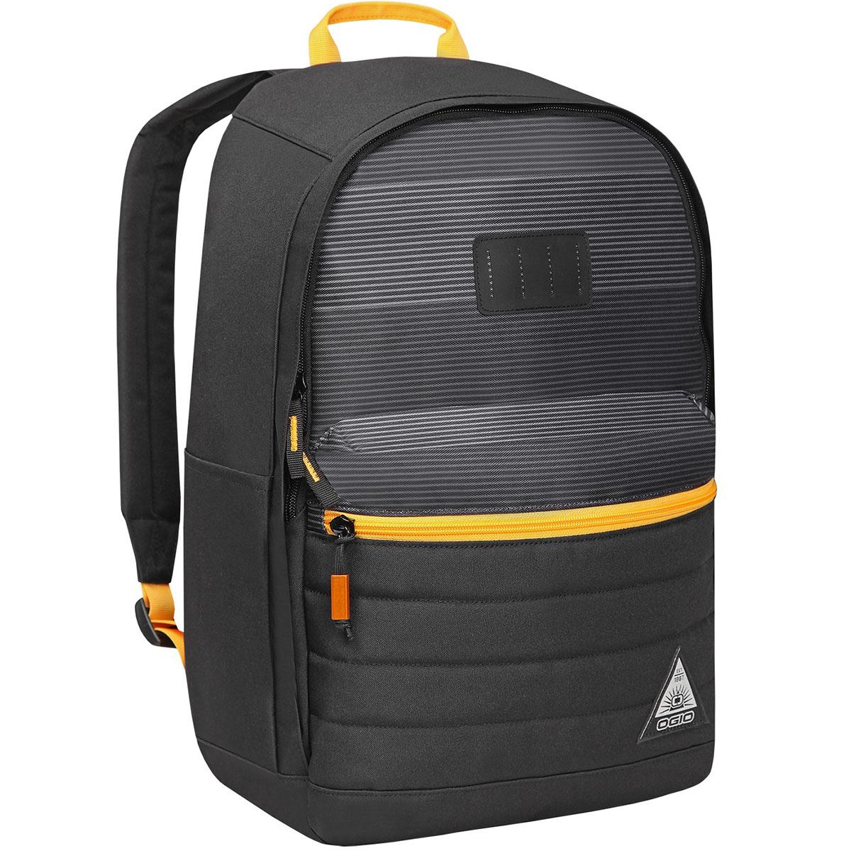 Рюкзак городской Urban. Lewis Pack (A/S), цвет: темно-серый, желтый. 031652226968031652226968Компактный, но при этом достаточно вместительный рюкзак от Ogio. Имеется специализированный отсек для ноутбука а также уплотненный карман для ценных вещей на молнии. Внешний передний и боковой карманы на вертикальной молнии обеспечивают быстрый доступ к содержимому, позволяя всегда держать необходимые аксессуары и документы поблизости.