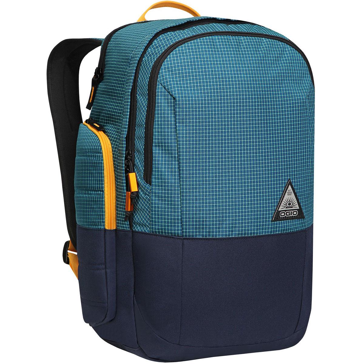 Рюкзак городской OGIO Urban. Clark Pack (A/S), цвет: синий. 031652226999031652226999Стильный и в то же время функциональный рюкзак от Ogio. Имеются специализированные отсеки для ноутбука и планшета, которые позволят Вам не переживать за сохранность техники. Большое основное отделение вместит все необходимые вещи, а внешние боковые карманы на молнии помогут всегда держать необходимые аксессуары поблизости.