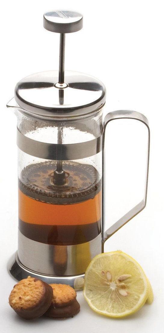 Френч-пресс BergHOFF, 600мл1106805Френч-пресс для кофе,чая Studio 600 мл выполнен из термостойкого стекла и нержавеющей стали. Отлично подходит для заваривания любых сортов кофе, без проблем справится с любым помолом кофе. Помимо кофе, во френч-прессе можно заварить чай. Наружная крышка из нержавеющей стали с полипропиленовой прокладкой. Подходит для использования в посудомоечной машине. Упакован в подарочную коробку.
