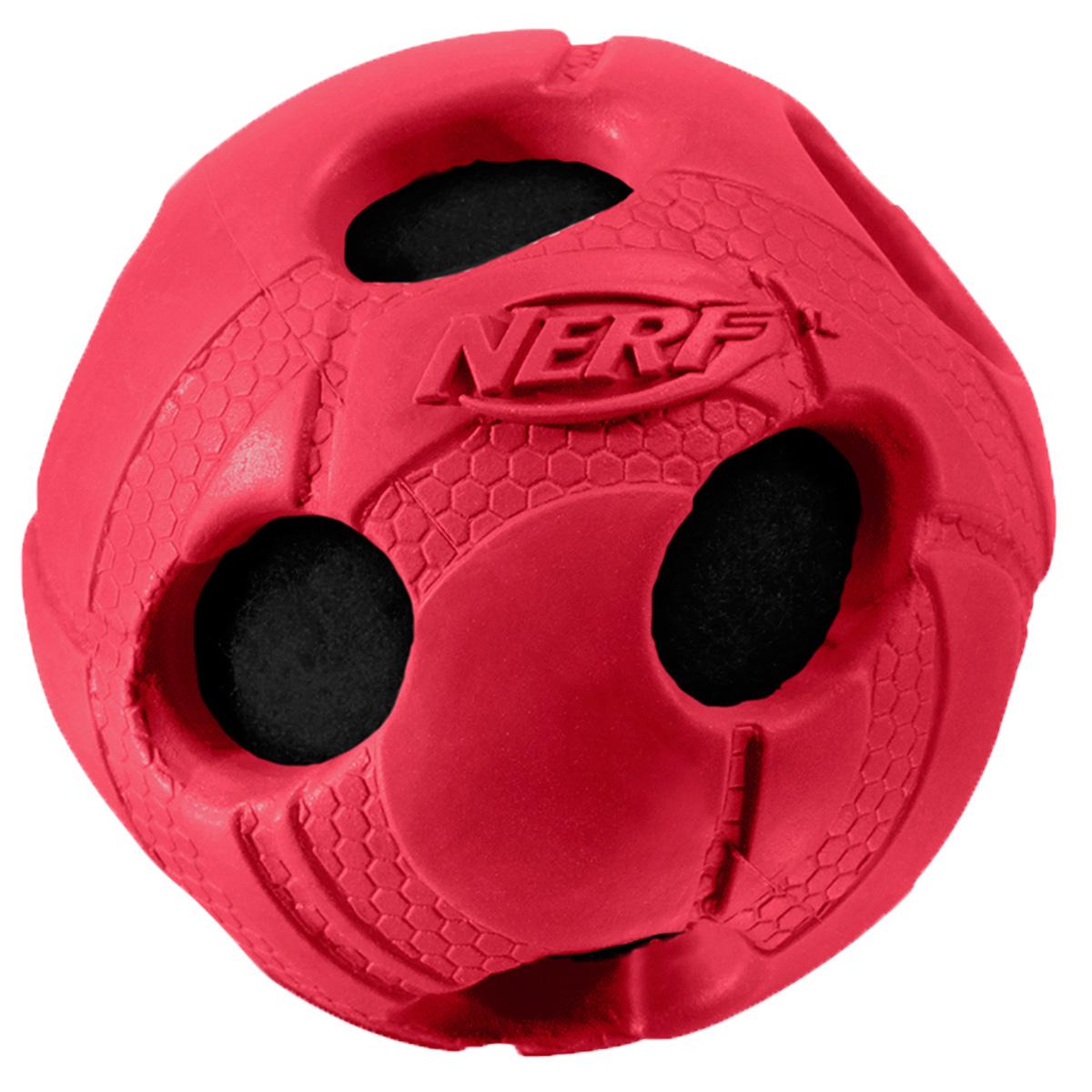 Игрушка для собак Nerf Мяч, с отверстиями, 9 см22293Мяч из прочной резины с теннисным мячем внутри! Высококачественные прочные материалы, из которых изготовлена игрушка, обеспечивают долговечность использования! Звук мяча дополнительно увлекает собаку игрой! Яркие привлекательные цвета! Рельефный рисунок! Игрушки Nerf Dog представлены в различных сериях в зависимости от рисунка, фактуры и материала, из которого они изготовлены (резина, ТПР, нейлон, пластик, каучук). Размер: 9 см, L.