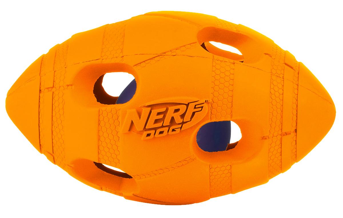Игрушка для собак Nerf Мяч для регби, светящийся, 10 см22644Мяч-регби из двух словев прочной резины с отыверстиями и LED-лампой внутри! LED при ударе начинает мигать, что приводит собаку в восторг, вдохновляя на игру! Оптимально для игры в темное время суток! Подходит собакам с мощной челюстью! Интересный рельефный рисунок! Размер: 10 см, S.