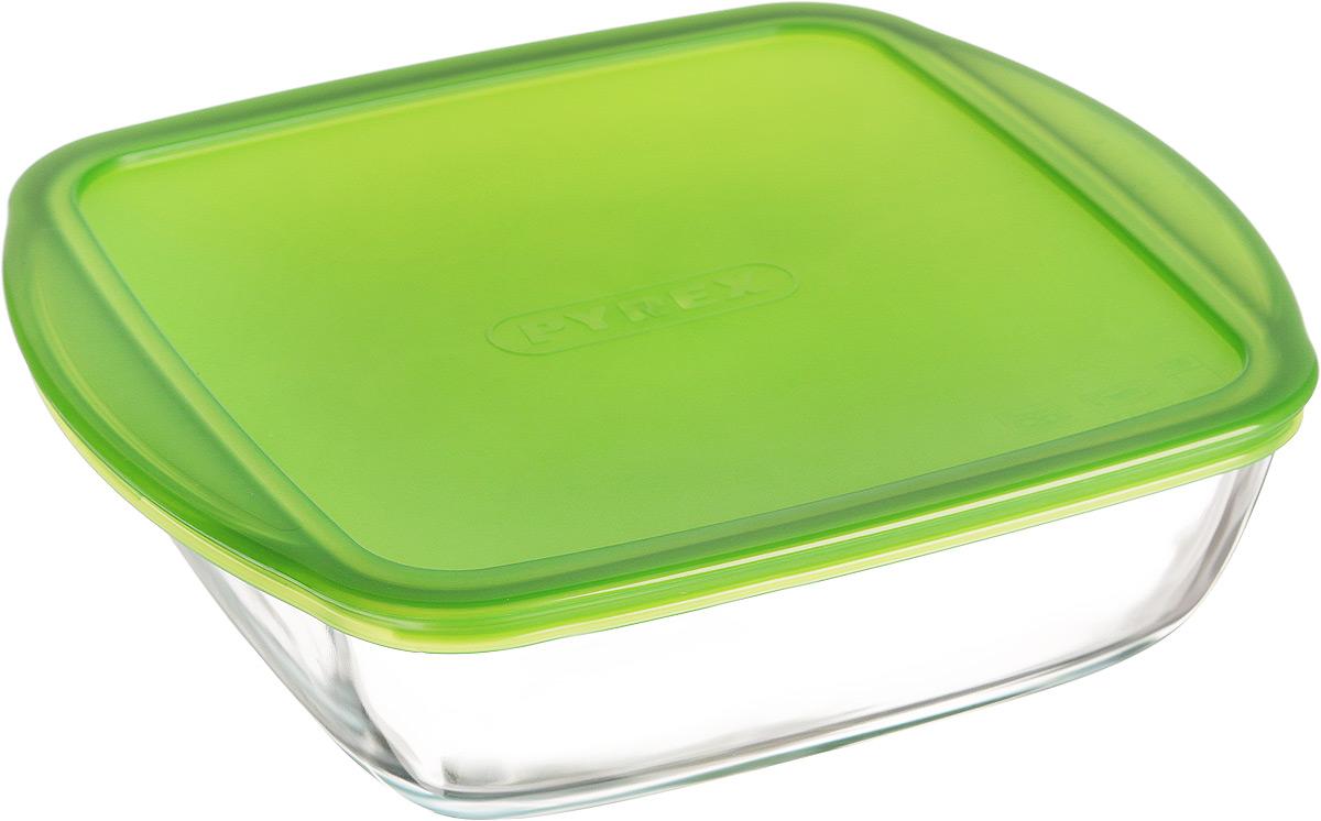 Форма для запекания Pyrex Cook & Store, квадратная, с крышкой, 25 x 22 см212P000/5045STФорма Pyrex Cook & Store изготовлена из прозрачного жаропрочного стекла. Непористая поверхность исключает образование бактерий, великолепно моется. Изделие идеально подходит для приготовления в духовом шкафу. Выдерживает перепад температур от -40°C до +300°C. Форма Pyrex Cook & Store подходит для использования в микроволновой печи, приготовления блюд в духовке, хранения пищи в холодильнике. Можно мыть в посудомоечной машине. Размер формы (с учетом ручек): 25 х 22 см. Размер формы (без учета ручек): 22 х 22 см. Высота формы: 7 см. Объем: 2,2 л.