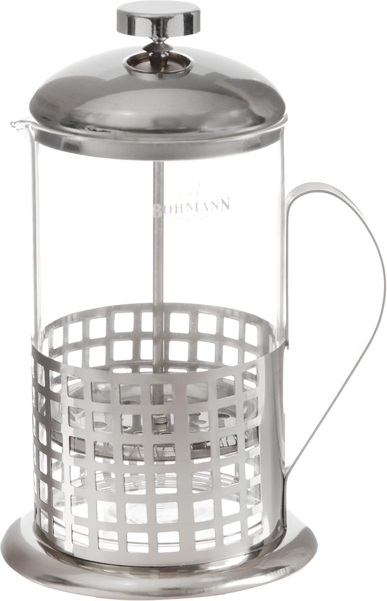 Френч-пресс Bohmann Клетка, 800 мл9580BH_клеткаФренч-пресс Bohmann предназначен для чая или кофе. Металлический корпус украшен резным узором. Колба объемом 800 мл выполнена из термостойкого стекла, устойчивого к высоким температурам. Удобный пресс-фильтр надежно удерживает заварку на дне. Диаметр (по верхнему краю): 9 см. Высота: 27 см.