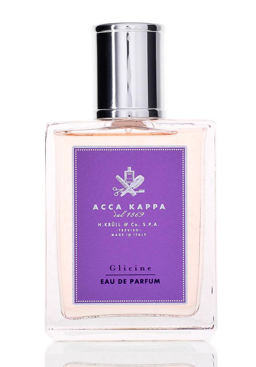 Acca Kappa Парфюмерная вода Глициния 100 мл853474Восхитительное цветение глицинии – первый вздох весны. Древние силы в голой, скрученной древесине ее ветвей пробуждаются под лучами весеннего солнца и порождают каскады лиловых соцветий, обнимающих стены домов и перекладины беседок по всей Италии. Их пьянящий аромат наполняет грудь чувствами, и мы не можем удержаться, чтобы не погрузить лицо в нежные бутоны, присягая власти цветов./Acca Kappa выразили образ этих цветочных облаков в новой и очень женственной интерпретации, подобной звуку сладкого и соблазнительного шепота./Cодержит эфирные масла лимона и сандалового дерева.