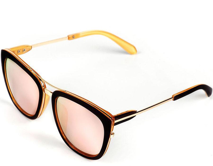 Очки солнцезащитные женские Selena, цвет: золотистый, коричневый. 8003583180035831Солнцезащитные женские очки Selena выполнены из качественного материала. Линзы очков обеспечивают 100% защиту от ультрафиолетовых лучей. Такие очки защитят глаза от ультрафиолетовых лучей, подчеркнут вашу индивидуальность и сделают ваш образ завершенным. Размер (ширина линзы*ширина моста-длина дужки) 57*20-145.