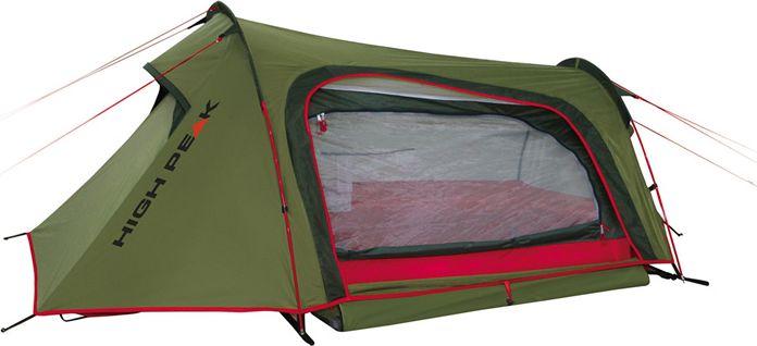 Палатка High Peak Sparrow 2, цвет: зеленый, красный, 250 х 160 х 90 см. 1018610186Компактная палатка Sparrow High Peak конструкции полубочка для велопутешествий и трекинга. Дуги продеваются в рукава на внешнем тенте, что позволяет быстро установить палатку даже в дождь, не намочив внутреннюю палатку. Двухслойная конструкция палатки очень комфортна для проживания даже в дождливую и холодную погоду. Материал тента имеет полиуретановое покрытие и водонепроницаемость не менее 3000 мм водяного столба. Это позволяет защититься от сильного ветра и дождя. Все швы проклеены термоусадочной лентой, гарантирующей, что влага не проникнет сквозь них. Два крупных вентиляционных окна с торцов палатки позволяют неплохо проветривать палатку даже при полностью застегнутом боковом входе. В жаркую погоду можно открыть тканевый полог и закрыть вход москитной сеткой для лучшей вентиляции. Высота внутренней палатки позволяет комфортно сидеть и переодеваться. Палатка имеет 6 оттяжек, надежно ее фиксирующих во время ветреной погоды Дуги: Фибергласс 7,9 мм Тент: Полиэстер 190Т...
