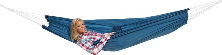 Гамак High Peak Hangematte, цвет: синий, 220 х 140 см41224Удобный гамак для летних путешествий и дачного отдыха. В комплект входят два карабина, прочный шнур и транспортировочный чехол.