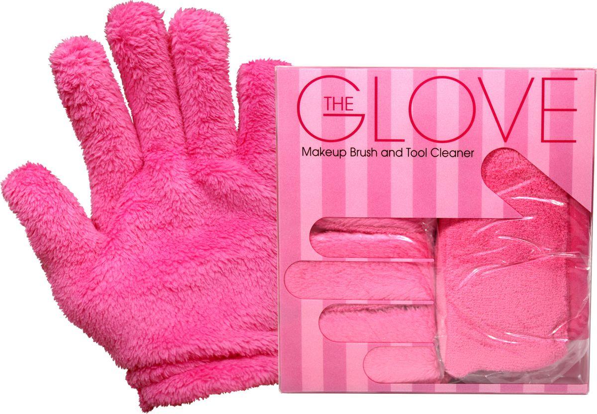 MakeUp Eraser перчатки для снятия макияжа (2 шт.)006067Makeup Eraser перчатки (розовые) с невероятной легкостью снимают макияж, аккуратно очищая кожу лица абсолютно естественным образом. Перчатка воздействует без применения привычных средств для удаления декоративной косметики или умывания, значительно упрощает повседневный ритуал ухода и очищения, делает его приятным и легким. Секрет магических свойств салфетки Makeup Eraser заключается в особом переплетении полиэстеровых нитей. При производстве изделия поверхность ткани не подвергается никакой химической обработке, что гарантирует ее гипоаллергенность и безопасность применения, а для того, чтобы начать процедуру использования салфетки, достаточно просто хорошо смочить ее в чистой теплой воде. Салфетку Makeup Eraser можно с успехом применять для любого типа кожи, в том числе очень чувствительной, ее мягкое воздействие не вызывает раздражений или покраснений, высокий уровень качества ткани гарантирует длительное использование салфетки, а ее великолепные очищающие и ухаживающие свойства...