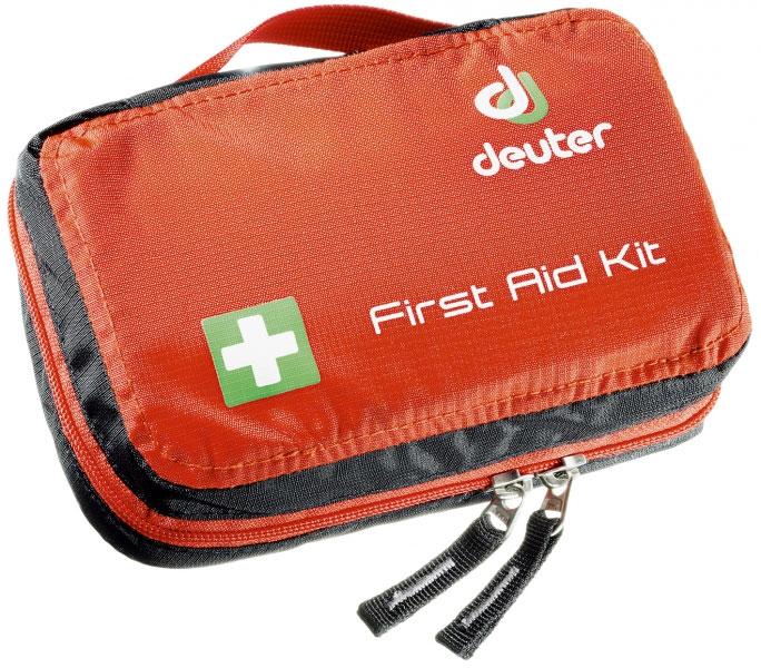 Аптечка Deuter First Aid Kit, цвет: красный4943116_9002Удобная туристическая аптечка на молнии. Легко заменить ее в ваших вещах. Быстрый доступ к содержимому - быстрый доступ ко всему содержимому благодаря круговой молнии - раскладной карман - инструкции по оказанию первой помощи - петля для набедренного ремня - ручка для переноски - SOS лейбл - Материал: Ripstop-Nylon - Вес: 280 грамм - В x Ш x Г: 11 x 18 x 5 с